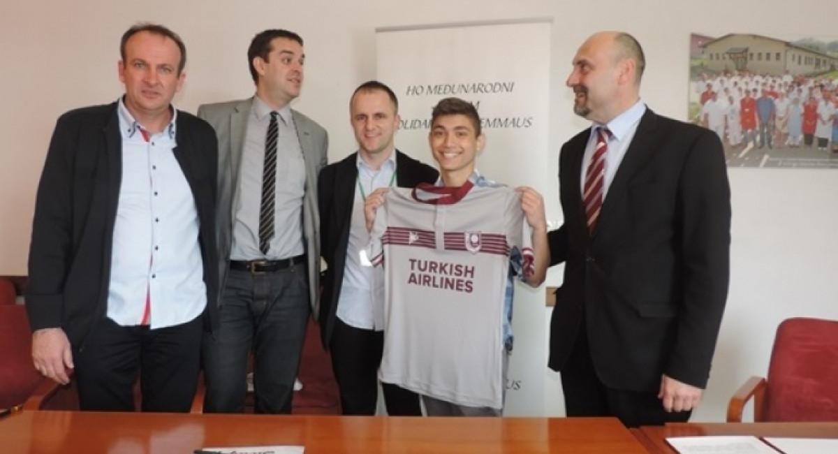 FK Sarajevo nastavlja sa podrškom internatskog smještaja za djecu iz Srebrenice