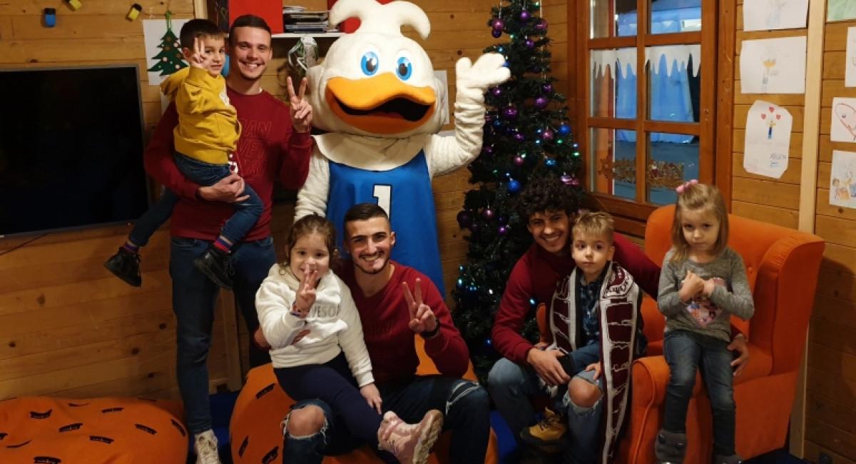Salčin, Bešić i Salčinović se družili sa mališanima u Argeta Junior PlayHouseu